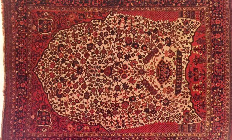 رنگ آمیزی قالی های ناظم