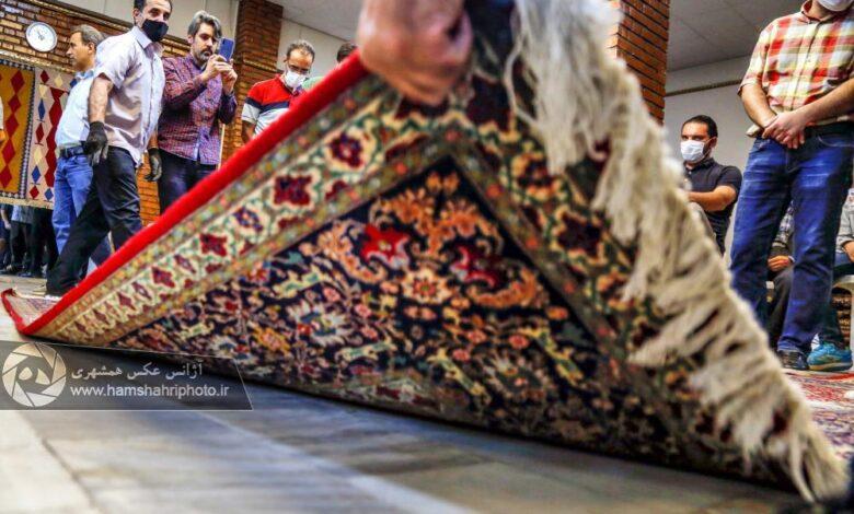 چوب زنی فرش در روزهای کرونایی